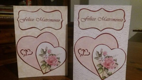 biglietto di auguri felice matrimonio con cuori