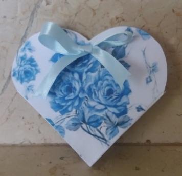 scatolina cuore porta confetti